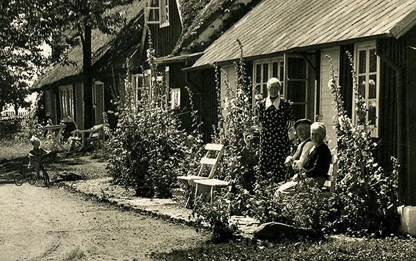 Skepparkroken no 16 på vykort syskonen Berggren