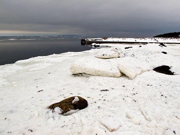 Islossning i Skälderviken vid Björkhagens badbrygga Kullen