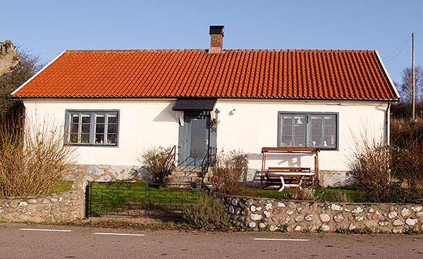 F.d. skolan i Skepparkroken i november 2009