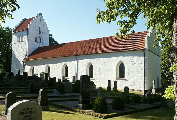Barkåkra kyrka (foto från kyrktorget.se) Ängelholm