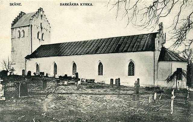 Barkåkra kyrka på ett vykort från början på 1900-talet