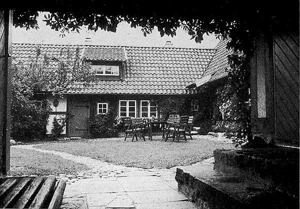 Rosengården i Skepparkroken på äldre foto