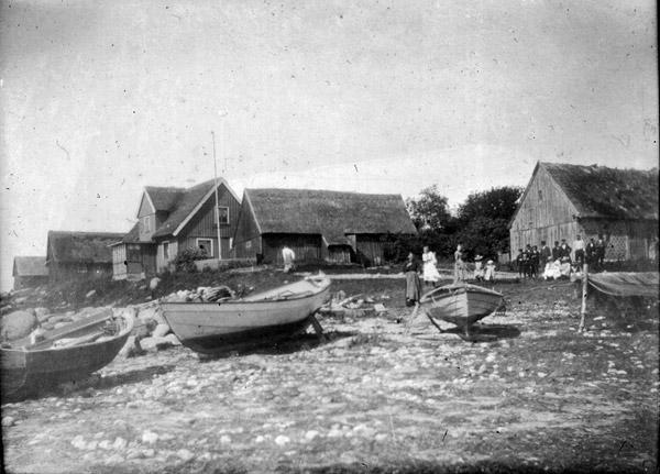 Vid hamnen i Skepparkroken c:a 1900 (foto från Evy Hulth)