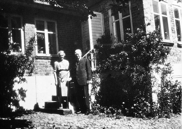 Professor Gustaf Petrén med hustru Torborg c:a 1950
