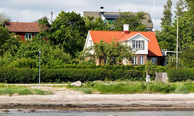 Apelgården, Petréns hus, sedd från bryggan i Skepparkroken i juni 2010