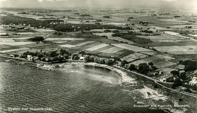 Skepparkroken från luften på ett vykort från c:a 1950