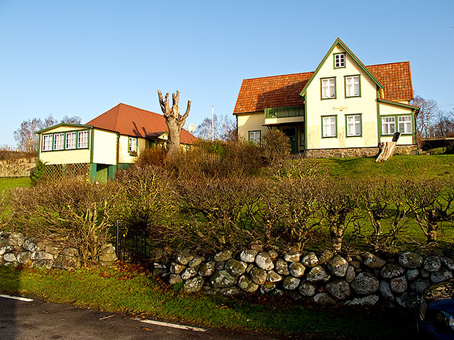 Almgården i Skepparkroken i november 2009