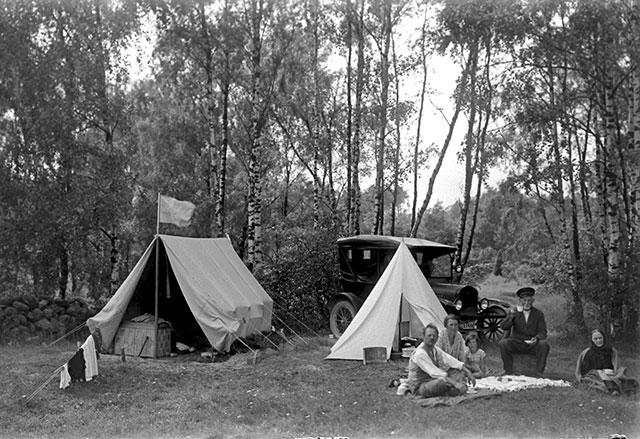 Utflykt till det blivande Björkhagen i Magnarp på 1920-talet (foto Robert Romberg)