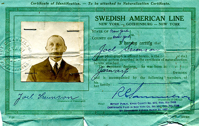 Joel Svensson identitetspapper i samband med emigrationen till USA