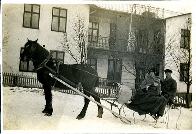 Släde i Skepparkroken c:a 1930 (bilden tillhör Erik Hellberg)