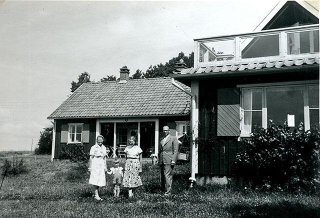 Harold och Elsa Wendt med barn c:a 1950