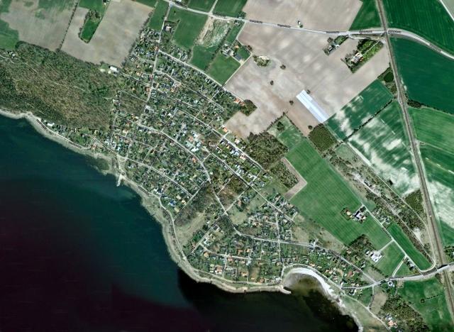 Björkhagen och Skepparkroken på satellitbild med vägar från Google