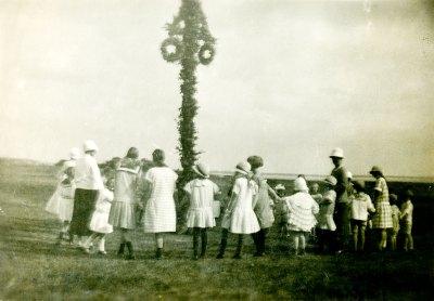 Midsommarfirande i Skepparkroken på 1920-talet