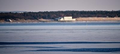 Bunkern och Klitterhus från Skepparkroken 6:e feb 2012
