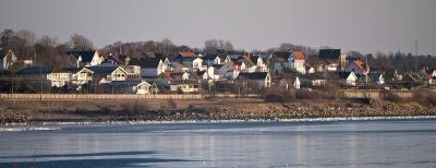 Skäldervikens samhälle från Skepparkroken 6:e feb 2012