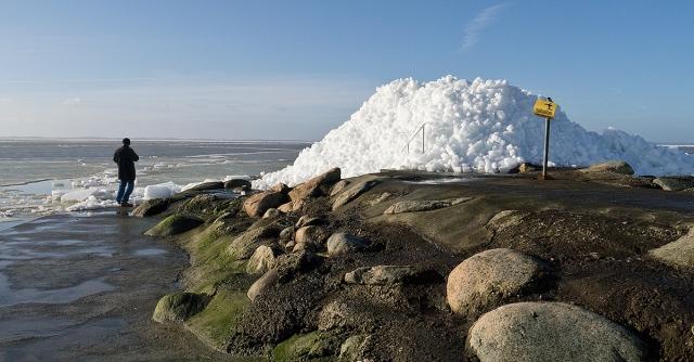 Isberg på Björkhagsbryggan 2012-02-23