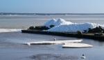 Isberg på bryggan i Skepparkroken 2012-02-23