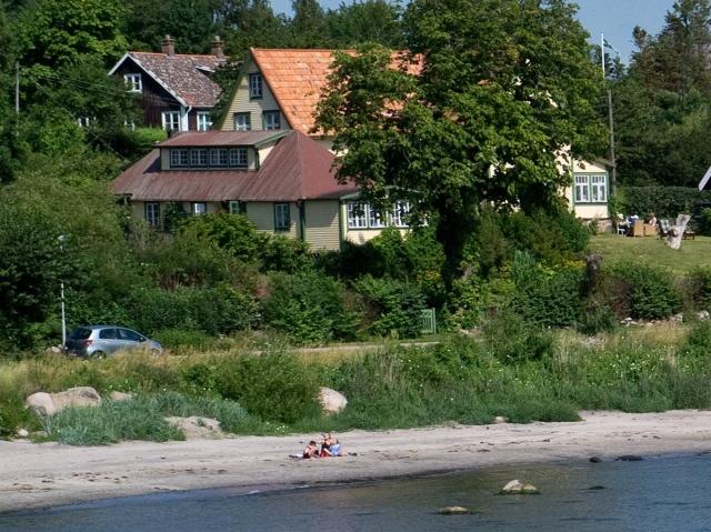 Skepparkrokens strand vid Almgården, 10:e juli 2011