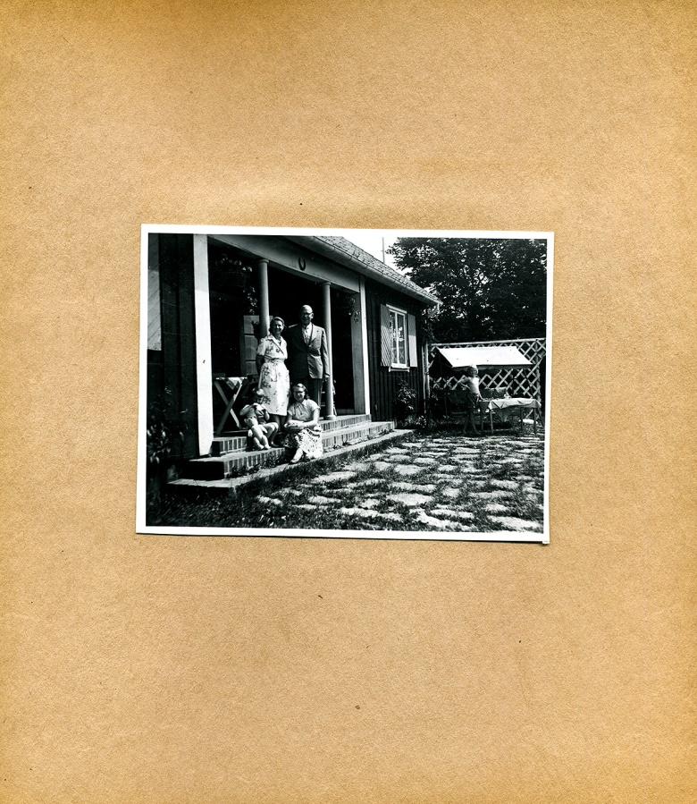 Maja Fajers album om Skepparkroken 1950-51 - sidan 13