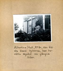 Maja Fajers album om Skepparkroken 1950-51 – sidan 22 Albertina Hult