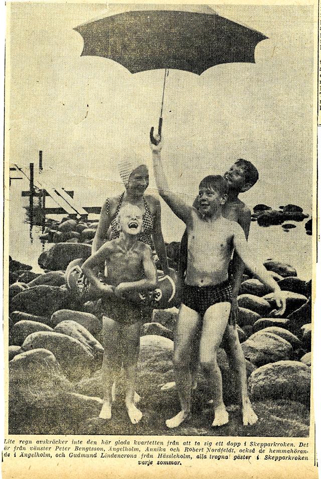 Peter Bengtsson, Annica och Robert Nordfeldt, Gudmund Lindencrona vid bryggan i Skepparkroken 1964