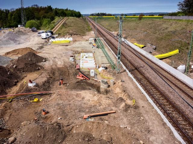 Arbete med Barkåkra pågatågsstation 18 maj 2015