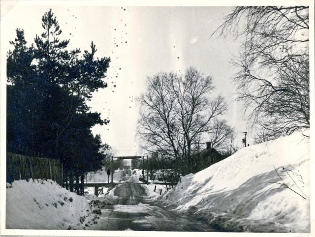 Järnvägsövergången vid Skepparkroken c:a 1930
