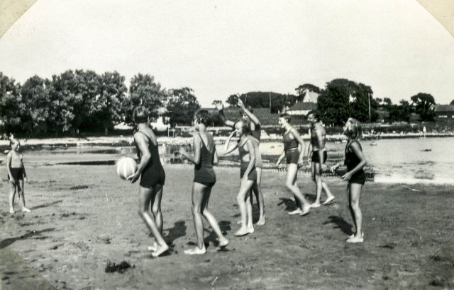 Thotts album 1933